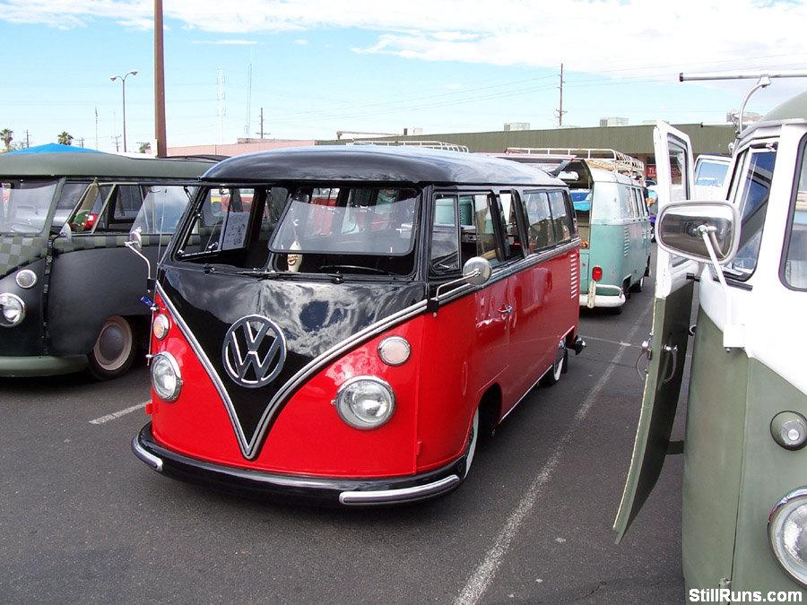 Vw Car Show Lowlife Volkswagen Bug