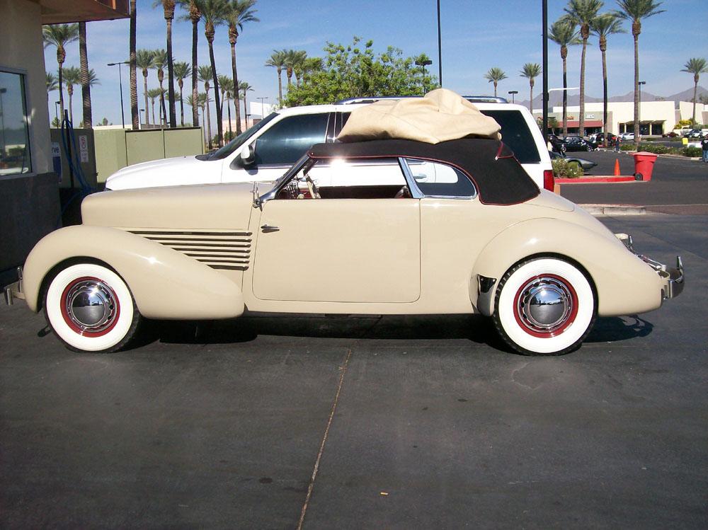 Scottsdale Pavilion Car Show.html   Autos Post